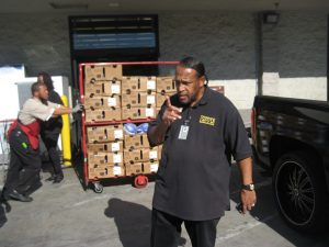 2-annual-turkey-give-away-013